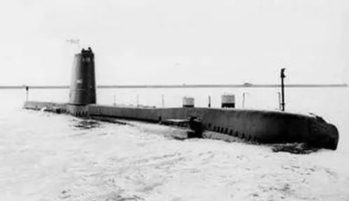 潜艇1.JPEG