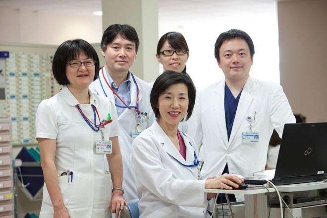 cancer-institute-staff.jpg