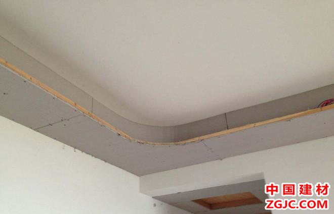 石膏板吊頂四大問題 專家解答塌方原因4.jpg