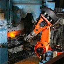 自动化铸造行业的耐高温机械臂