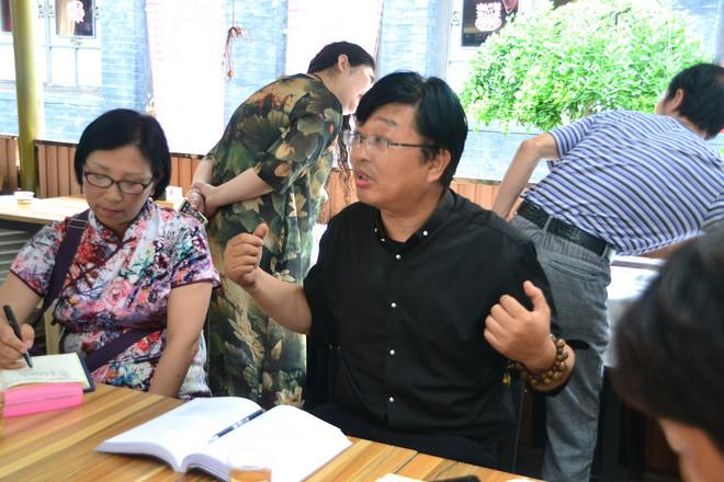 李远山(北大教授)为诗歌作者讲座  圆心摄5708.JPG