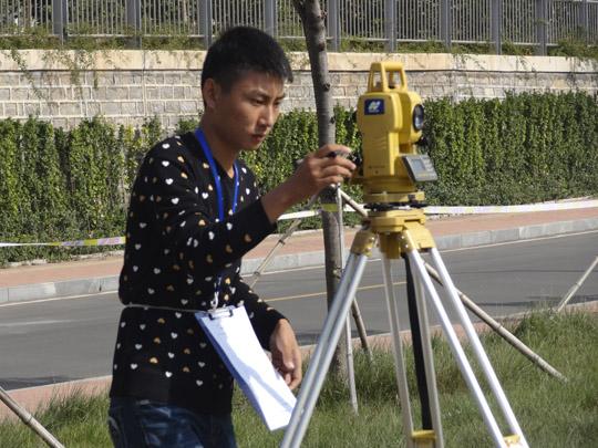 2014年国赛《工程测量》竞赛现场.JPG