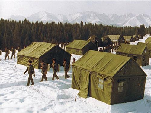 雪地棉帐篷.jpg
