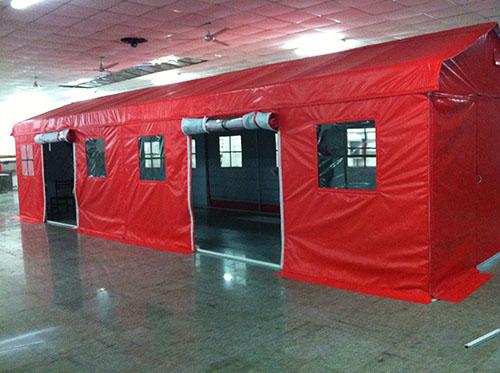 红色售货帐篷.jpg