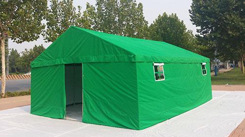 翠绿色帐篷.jpg