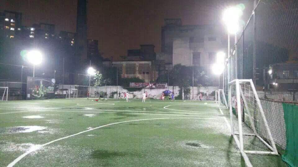 广州足球场工程ZS-100W 90°案例.jpg